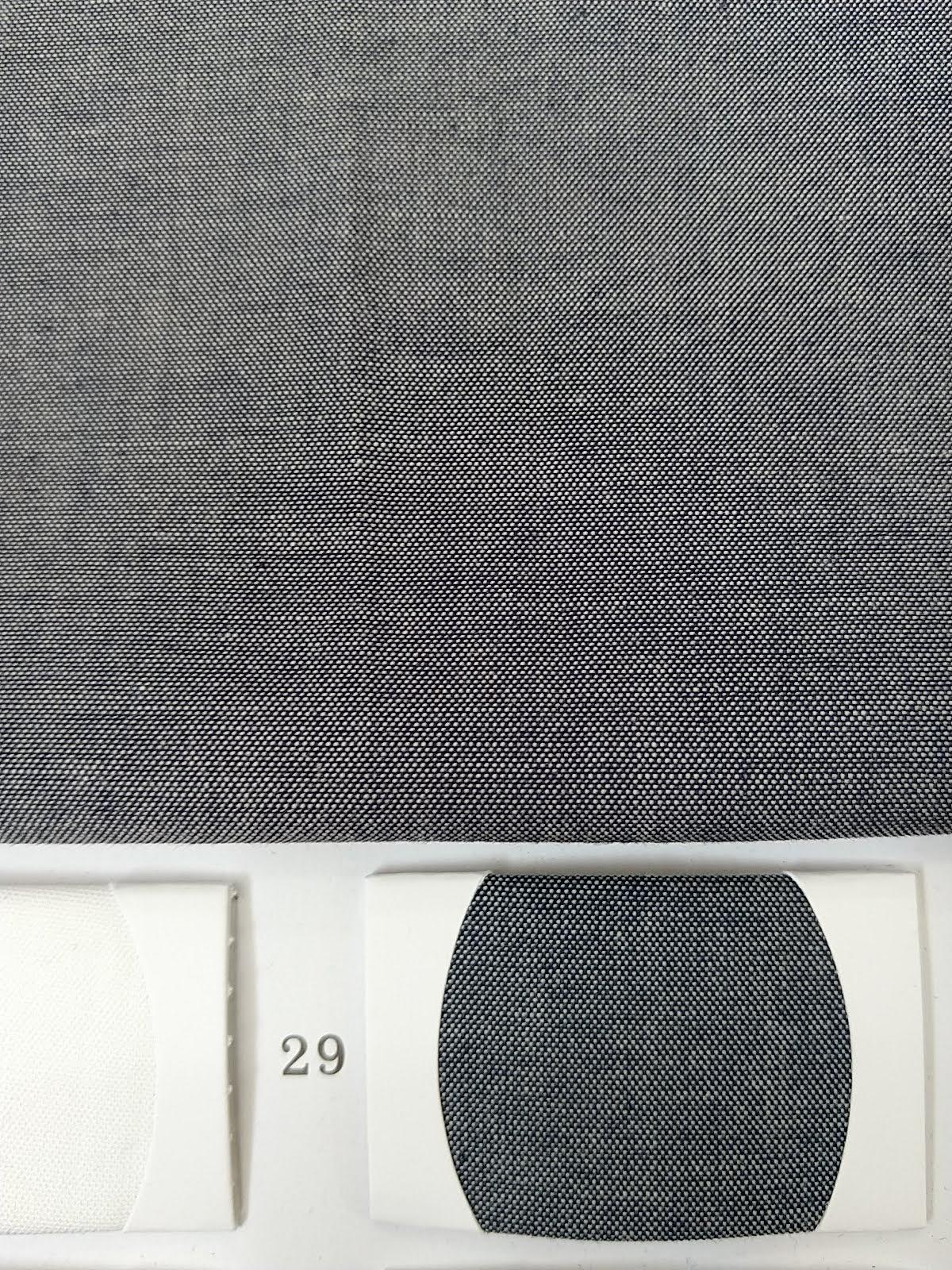 ผ้าแชมเบรย์สีเทาตัดกรม