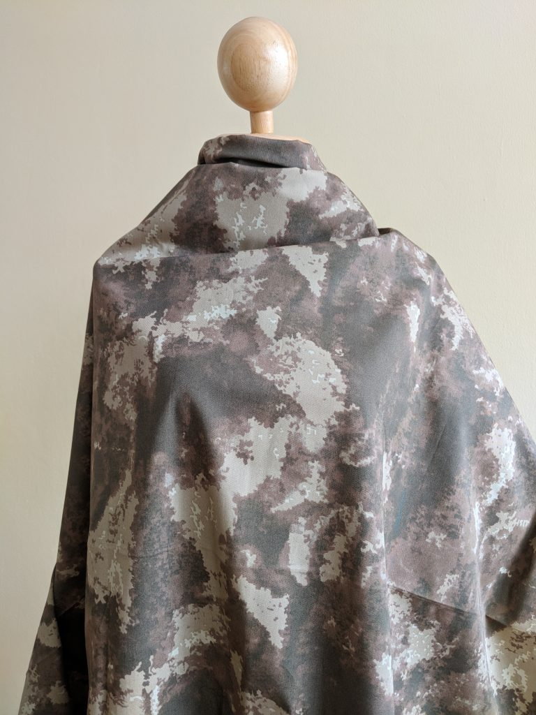 ผ้า Cotton พิมพ์ลาย ดิจิตอลสีนำ้ตาล